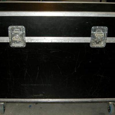Allen & Heaht GL2200 audio mixer 3