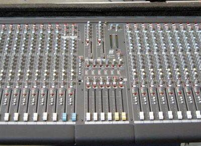 Allen & Heaht GL2200 audio mixer